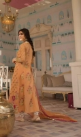 crimson-luxury-eid-lawn-2019-16