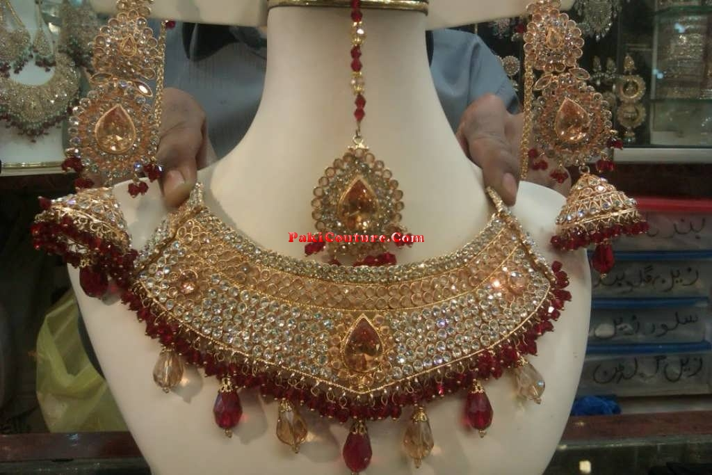bridal-jewellery-at-pakicouture-61
