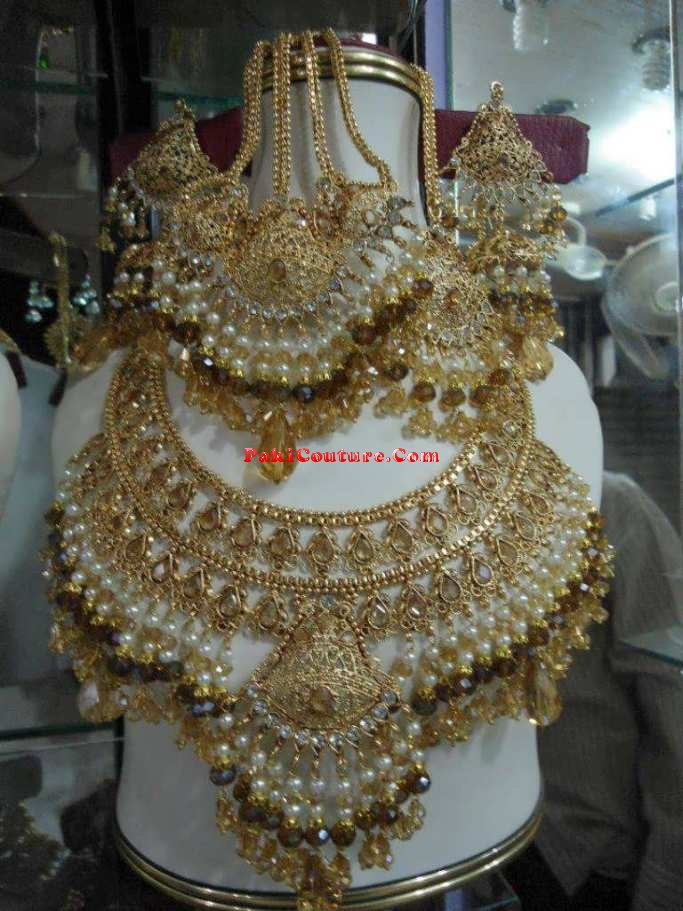 jewellery-collection-2013-at-pakicouture-78