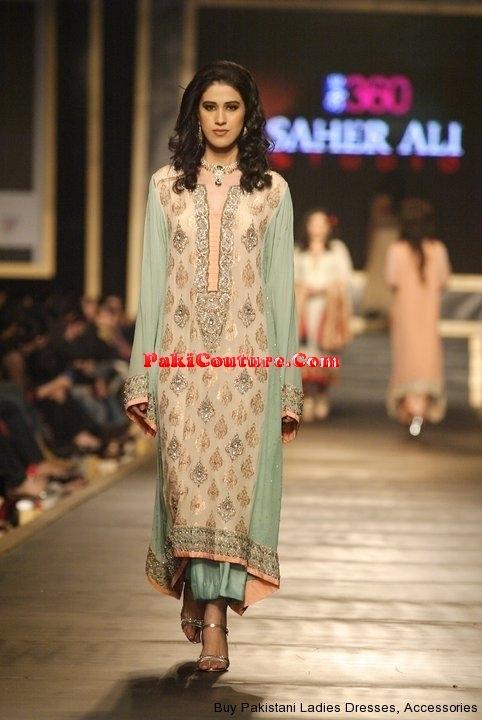 pakistani-designer-shalwar-kameez-43