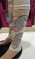 embroidered-tights-at-pakicouture-6