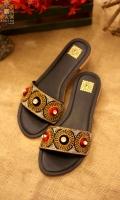 foot-wear-for-eid-2021-18