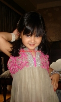 girls-party-wear-at-pakicouture-10