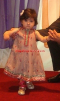 girls-party-wear-at-pakicouture-11