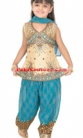 girls-party-wear-at-pakicouture-15