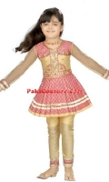 girls-party-wear-at-pakicouture-16