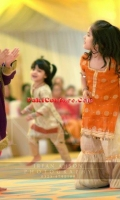 girls-party-wear-at-pakicouture-37