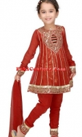 girls-party-wear-at-pakicouture-40