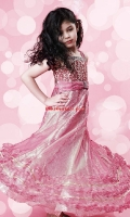 girls-party-wear-at-pakicouture-5